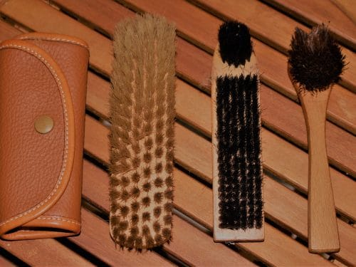 Gant de lustrage en monton lainé et veau grainé