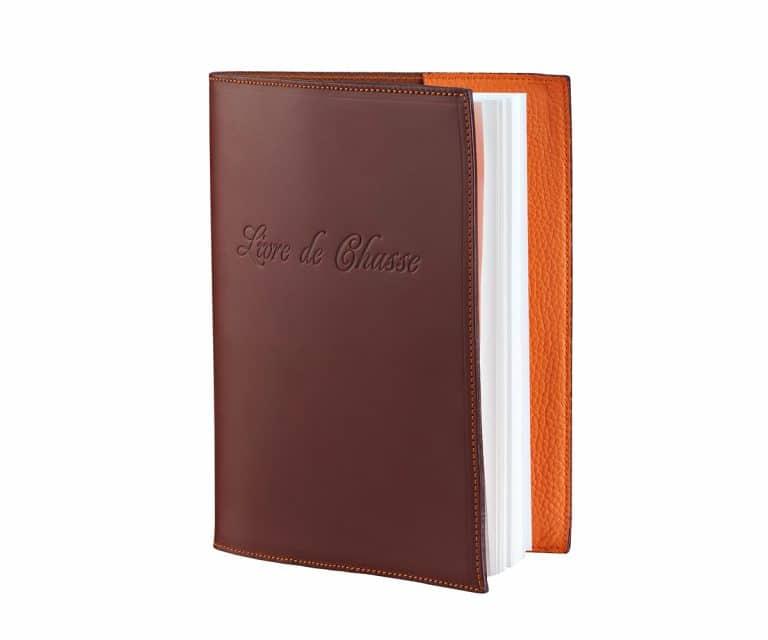 Livre de chasse couleur taurillon orange et antique sauvage