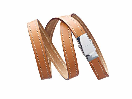 Leather straps triple turn